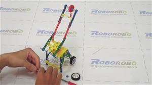 Hiện thực hóa ý tưởng chế tạo cần cẩu từ bộ lắp ráp mô hình kỹ thuật lớp 5